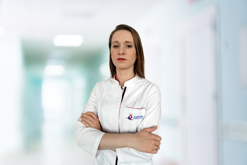Dr Karolina Stepień, ortopeda w Carolina Medical Center.