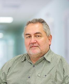 Marek Molski - specjalista chirurgii plastycznej. Zainteresowania: chirurgia rekonstrukcyjna, chirurgia ręki.