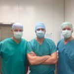 Dr Tomasz Szymański uczestniczył w zabiegach operacyjnych w trakcie stażu w Bazylei.